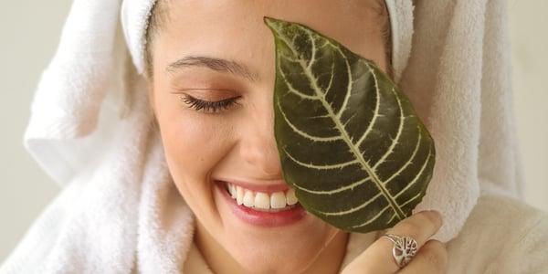 Mum with a leaf in bath